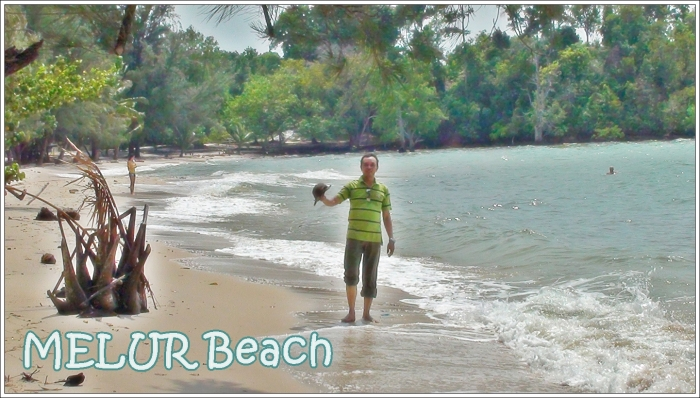 PANTAI MENUR - masih termasuk pantai perawan , masih jarang orang berwisata kesini,